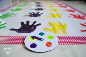 handprint-twister-3
